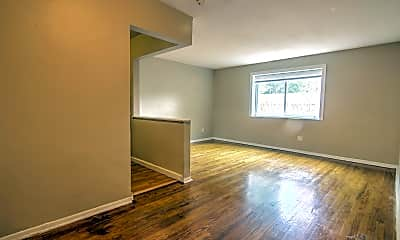 Living Room, 3510 Russell Blvd, 0