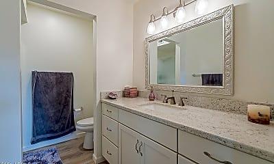 Bathroom, 1605 E Borghese Pl, 2
