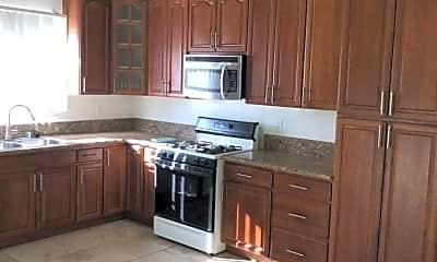 Kitchen, 6414 N Berkeley Cir, 2