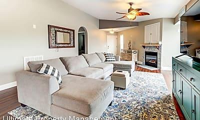 Living Room, 4136 Breezewood Drive #201, 1