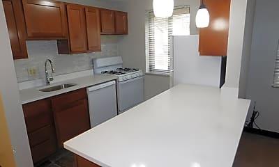 Kitchen, 10 Purchase Pl, 1