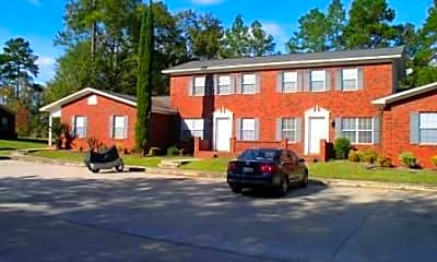 Building, 900 Country Club Rd, 2