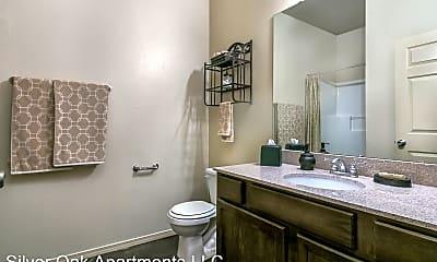 Bathroom, 1710 SE 34th Ave, 2