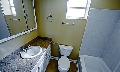Bathroom, 4301 S Johnson St B, 2