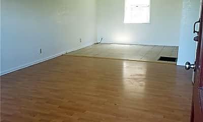 Living Room, 2290 Locust Ave 2, 1