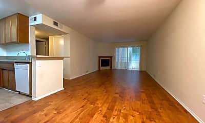 Living Room, 11495 Riverside Dr, 0