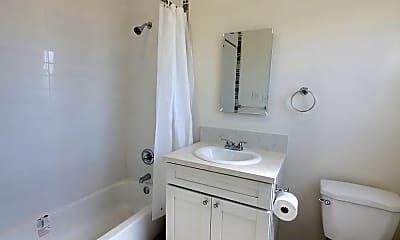 Bathroom, 2015 2nd Ave, 2