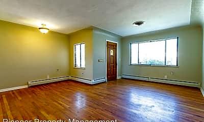 Living Room, 2615 Milwaukee St, 1