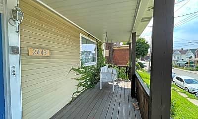 Patio / Deck, 2443 Woodstock Ave, 1