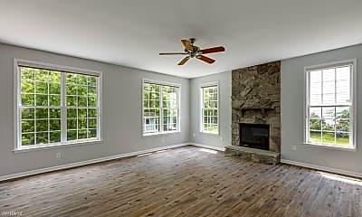 Living Room, 4729 Cherokee St, 0