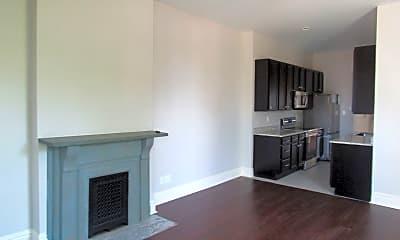 Living Room, 1136 Kentucky Ave, 1