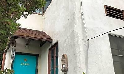 Building, 2535 1/2 N.Beachwood Dr., 0