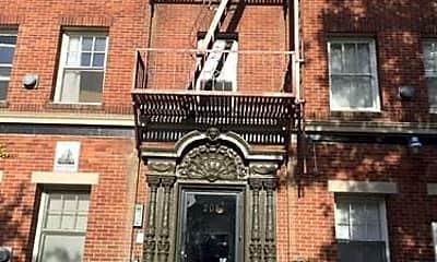 Building, 205 N Kenmore Ave, 0