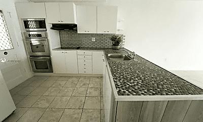 Kitchen, 2920 Point E Dr, 1