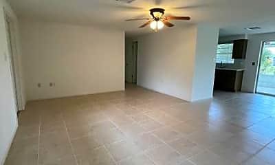 Living Room, 3530 Pellam Blvd, 1
