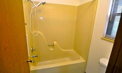 Bathroom, 11 Pepperwood Ct, 2