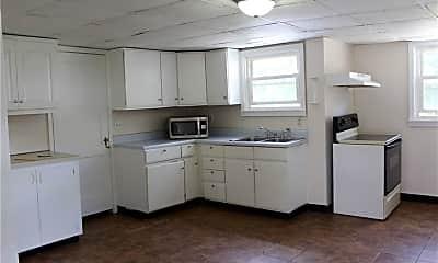 Kitchen, 165 Lake St, 1