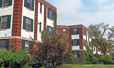 Building, Delaware Park Apartments, 0