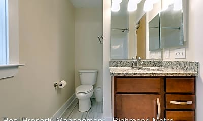 Bathroom, 1325 Porter St, 2