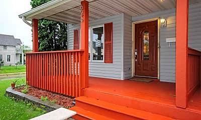 Patio / Deck, 626 19th Ave NE, 2