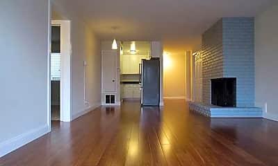 Living Room, 3500 Market St, 1