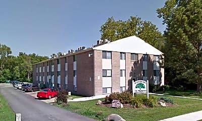 Building, 3915 N 70th Cir, 2