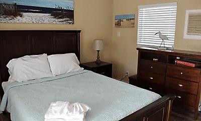 Bedroom, 2135 NE Dixie Hwy, 2