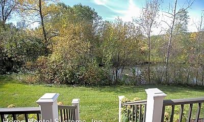 Patio / Deck, 405 Lake St W, 2
