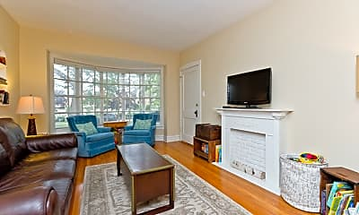 Living Room, 5413 N St Louis Ave, 1