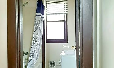 Bathroom, 313 Cobun Ave, 2