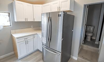 Kitchen, 322 Garfield St, 1