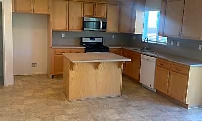 Kitchen, 1530 Marigold Dr, 1