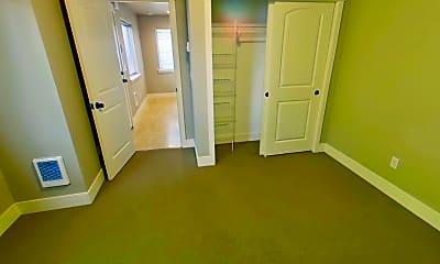 Bedroom, 1551 Mill St, 2