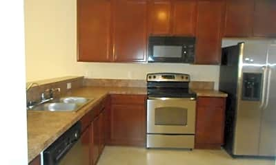 Kitchen, 305 Wythe St, 1