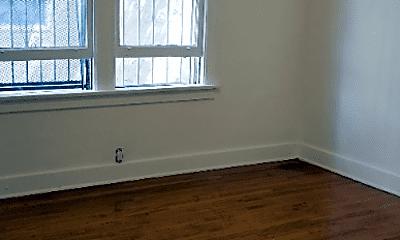 Bedroom, 331 S Detroit St, 2