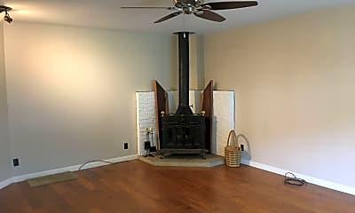 Living Room, 68 Arroyo Rd, 1