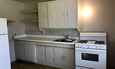 Kitchen, 1397 Cedar Crest Dr, 2