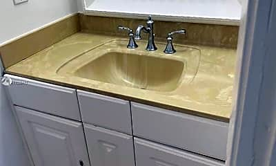 Bathroom, 3948 NW 87th Ave 3948, 2