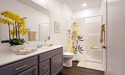 Bathroom, 801 Bend Blvd, 2