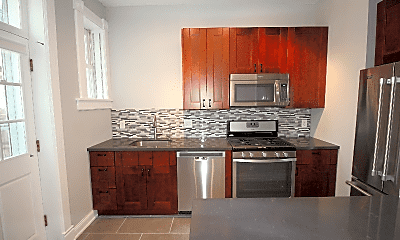 Kitchen, 618 Hunter Ave, 1