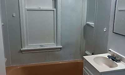 Bathroom, 3204 N 23rd St, 2