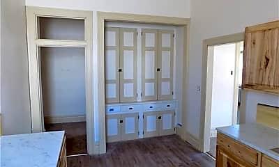 Bedroom, 41 Morgantown St 7, 2