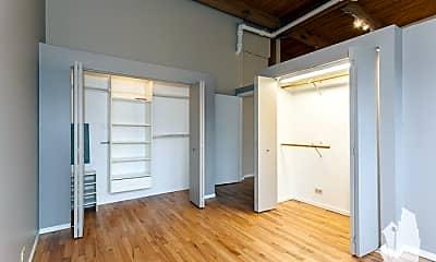 Bedroom, 525 N Ada St, 0