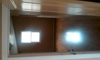 Living Room, 1122 Madeline St, 2