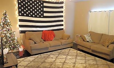 Bedroom, 819 S Pine St, 1