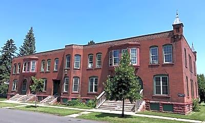 Building, 1222 Hughitt Ave, 1
