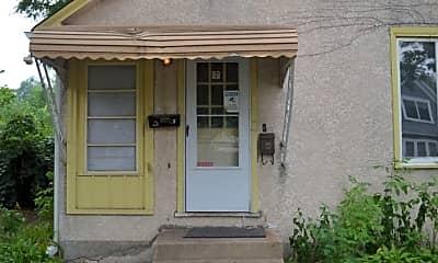 Building, 4219 N Dupont Ave, 1