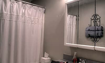 Bathroom, 2603 W 11th St, 2