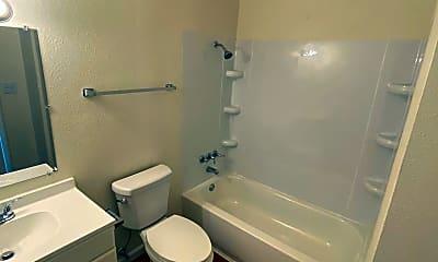 Bathroom, 1015 SW Garfield Ave, 2