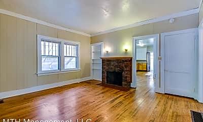 Living Room, 523 Dorothy Ln, 1
